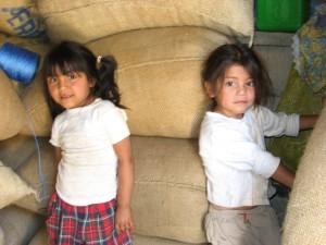 Iris Zamarra, Correna Lisette, daughters of Baldomiro Mateas Morales, Laguna del Cofre